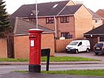 Postbox on Elder Road (geograph 4789204).jpg