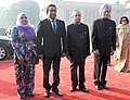 Pranab Mukherjee and the Prime Minister, Dr. Manmohan Singh with the President of the Republic of Maldives, Mr. Abdulla Yameen Abdul Gayoom and Mrs. Fathimath Ibrahim, at the Ceremonial Reception, at Rashtrapati Bhavan (1).jpg