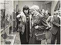 Presidente van IJsland bezoekt het Frans Halsmuseum. Links Mabel Hogendonk, die haar rondleidt. NL-HlmNHA 54021219.JPG