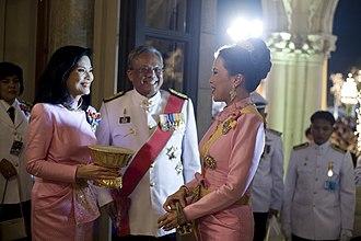 Suthep Thaugsuban - Suthep with his common-law wife Srisakul Promphan (left) and Princess Ubol Ratana (right), 2009
