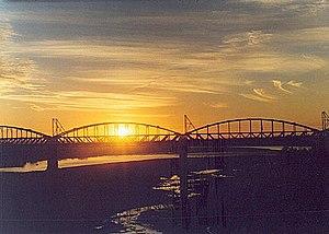 Puente ferroviario Ñuble al atardecer 8b91bce8df3