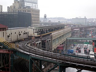 Queensboro Plaza (New York City Subway) - Image: Queens Plaza station 5BBT jeh