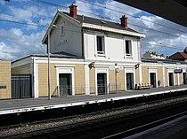 RER-B BourgLaReine1.jpg