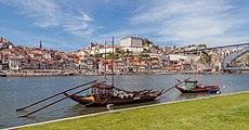 Rabelos en el río Duero, Vila Nova de Gaia, Portugal, 2012-05-09, DD 14.JPG