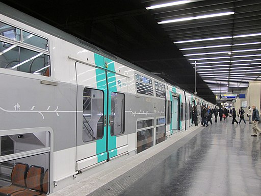 Rame MI09 du RER A - DEF - IMG 1560