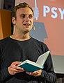 Recke Buchhandlung Volk Lesung Leon Windscheid 04.jpg