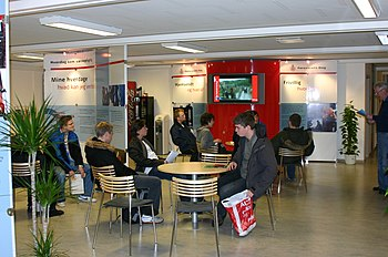 English: Interior of Recruiting Center Herning...