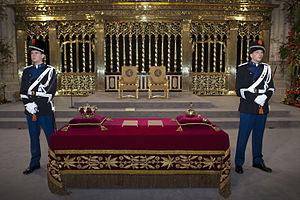 Regalia of the Netherlands - Dutch Royal Regalia in the Nieuwe Kerk in 2013: the crown on the left and the sceptre and orb on the right
