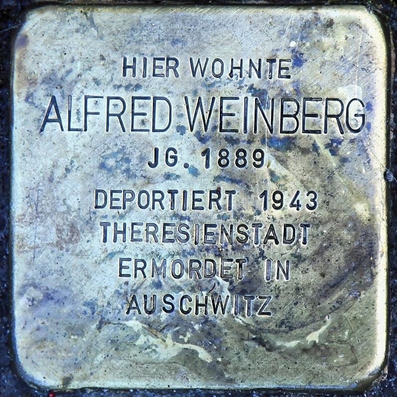 Rhauderfehn - Untenende - 74 - Stolpersteine Weinberg, Alfred 01 ies