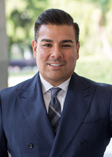 Ricardo Lara official portrait (cropped).png