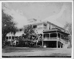 Royal Hawaiian Hotel, photograph by Frank Davey (PP-42-7-010).jpg