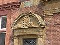 Royal Leamington Spa Library and Art Gallery - Avenue Road, Leamington Spa - coat of arms (27231675632).jpg