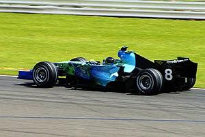 Honda RA107 - Barrichello driving the RA107 at the 2007 British Grand Prix.