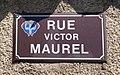 Rue Victor Maurel (Embrun) - panneau de rue.jpg