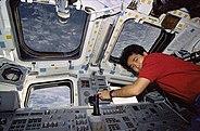 STS072-321-002 Wakata