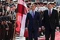 Saeimas priekšsēdētāja piedalās Polijas prezidenta oficiālajā sagaidīšanas ceremonijā (29169498118).jpg
