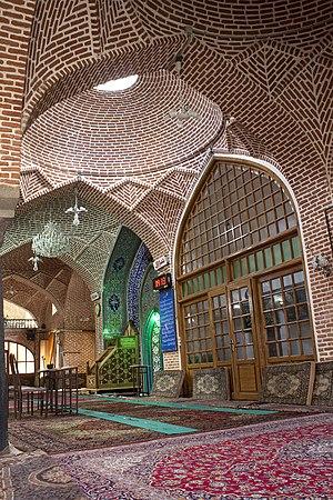 Saheb-ol-Amr Mosque - Image: Saheb ol Amr mosque 001