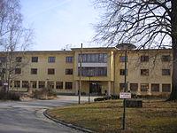 Schule Grottenhof-Hardt.JPG