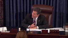Ficheiro:Senator Daines Cuts Off Senator Warren's Speech on Attorney General Nominee Jeff Sessions.webm