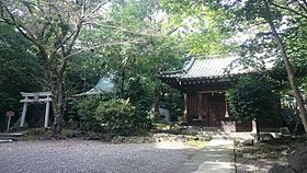 Sengen Shrine (Mishima) and Shibaoka Shrine.jpg