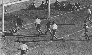 Superclásico - The palomita goal scored by Severino Varela in 1943 became legendary.