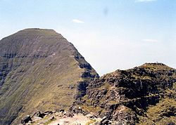 Sgurr Mhòr (Alligin) from the Horns.jpg
