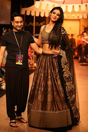 Shantanu Goenka - Image: Shantanu Goenka's KRUHUN at Lakme Fashion Week, Winter Festive Day 2 by Sou Boyy, Sourendra Kumar Das Shantanu with show stopper at Grand Hyatt Mumbai