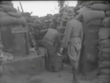 ファイル:Shoulder Arms (1918 film).webm