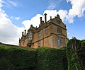 Side of Montacute House (4675780977).jpg