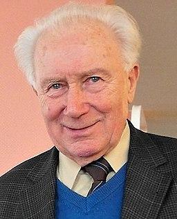 Sigmund Jähn (cropped)