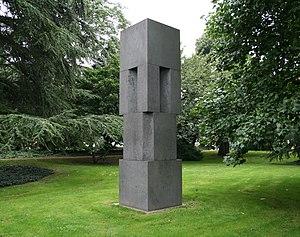 Viersen sculpture collection -  Erwin Heerich: Monument