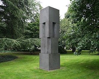 Viersen -  Viersen sculpture collection Erwin Heerich: Monument