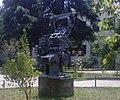 Skulptura - SUGS Dimitar Vlahov - Skopje.jpg