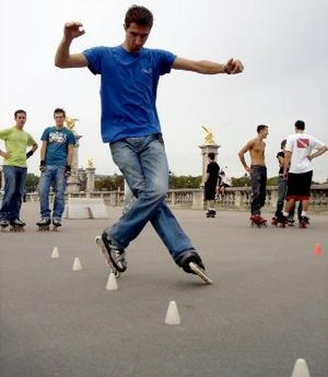 Freestyle slalom skating - Freestyle skaters in action at Les Invalides, Paris
