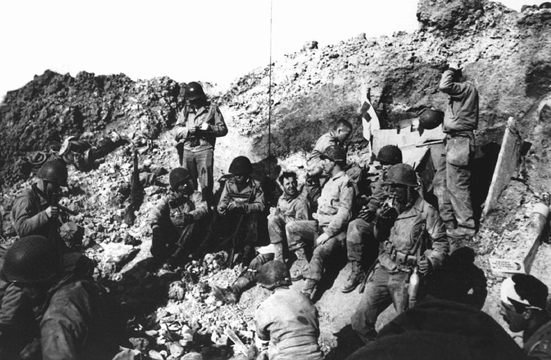 File:Soldiers resting at Pointe du Hoc.jpg
