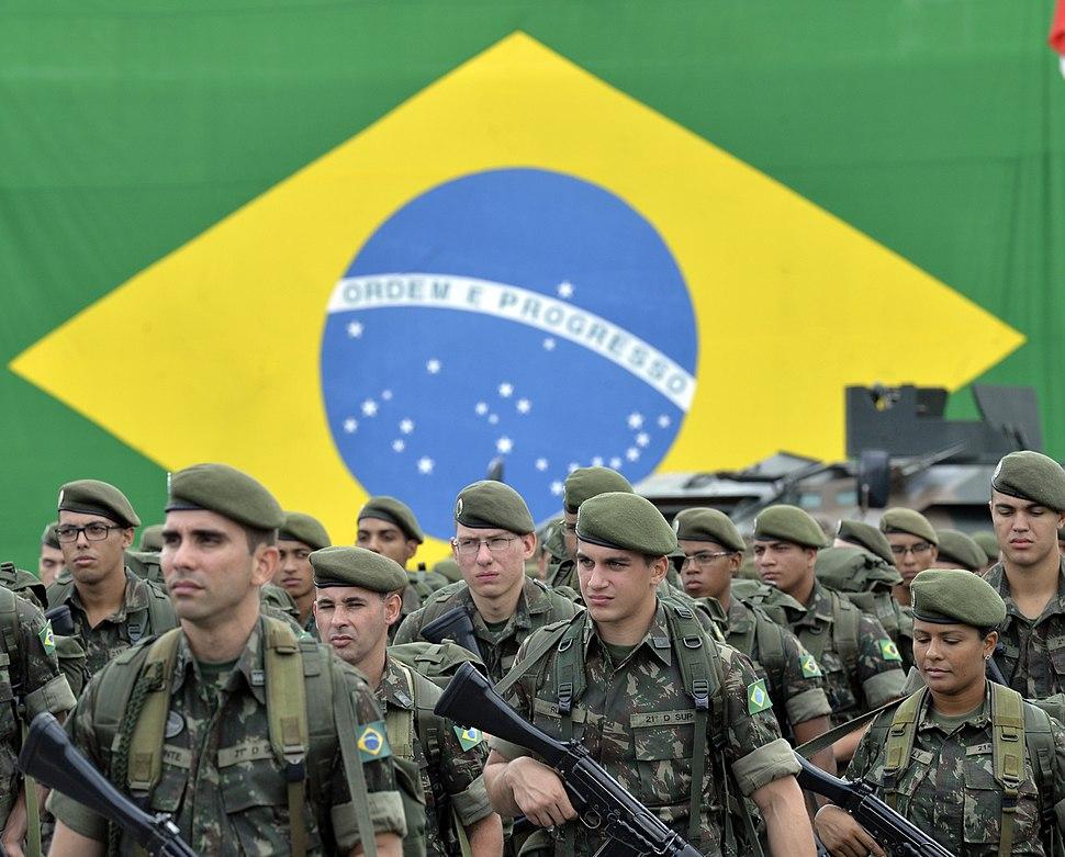Solenidade de passagem de cargo dos Comandantes da 2ª Região Militar e da 2ª Divisão de Exército no QG do Comando Militar do Sudeste (CMSE) (24544135452)