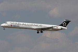 Spanair McDonnell Douglas MD-83 (DC-9-83).jpg