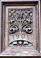 St. Veit Pfarrkirche - Gotische Tür 3 Neogotisches Blatt.jpg