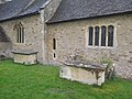 St Lawrences Church North Hinksey chest tombs 01.jpg