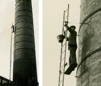 Steeplejack - Image: Steeplejack on a chimney in 1960 arp