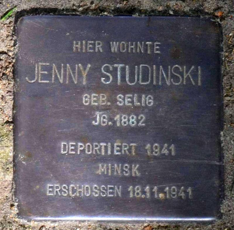 Stolperstein für Jenny Studinski (cropped).jpg