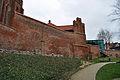 Stralsund, Katharinenkirche, Giebel, und Stadtmauer (2012-04-10) 4, by Klugschnacker in Wikipedia.jpg