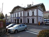 Strančice, Sokolská 39, nádraží.jpg