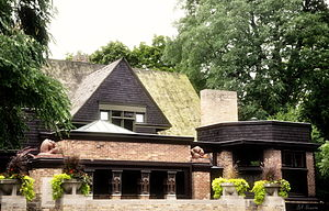 Street View of the Front of Frank Lloyd Wright's Home and Studio.jpg