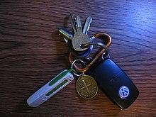 Key Fob Keychain >> Keychain Wikipedia