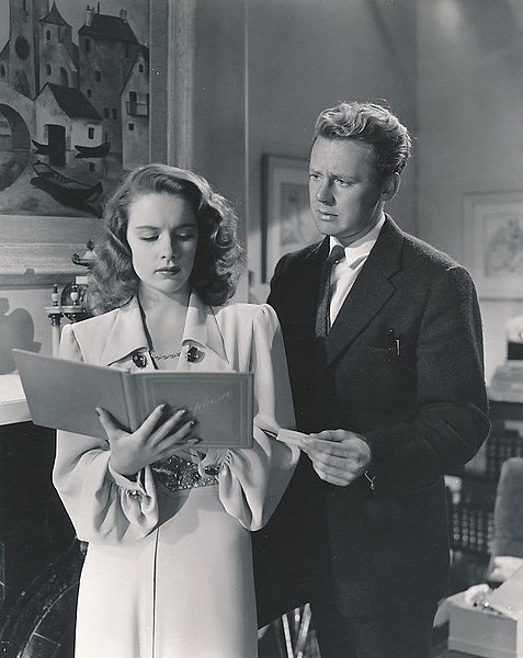 File:Susan Peters and Van Johnson in Dr. Gillespie's Assistant.jpg