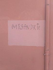 Un tag à Grenoble clame «Misandrie».
