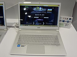 Taipei IT Month Acer Aspire S7 20131203.jpg