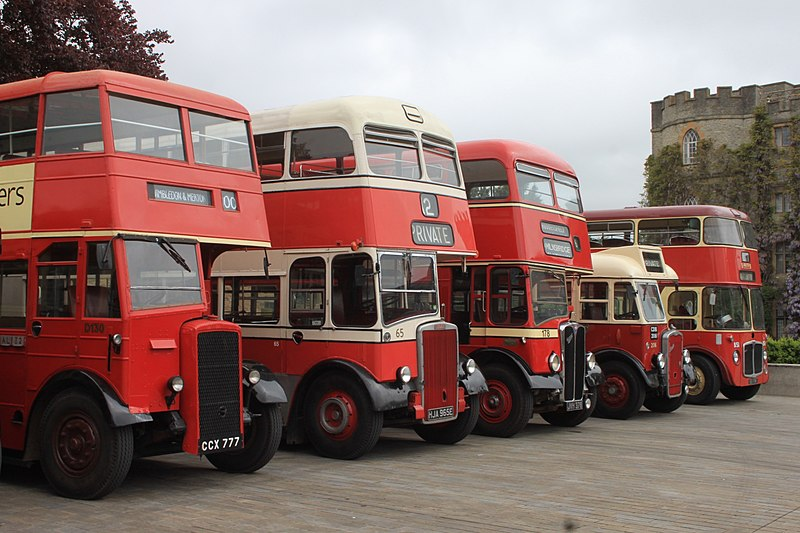 File:Taunton 2015 - London Transport D130 (CCX777), Stockport 65 (HJA965E), Huddersfield 178 (JVH378), North Western 206 (CDB206), Barton 817 (851FNN).JPG