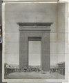 Thèbes. Karnak. Élévation pespective de la porte du sud (NYPL b14212718-1268074).tiff